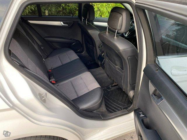 Mercedes-Benz C-sarja 14