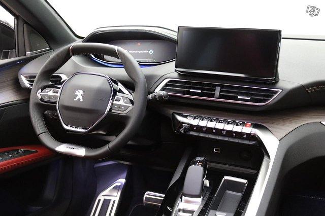 Peugeot 3008 8