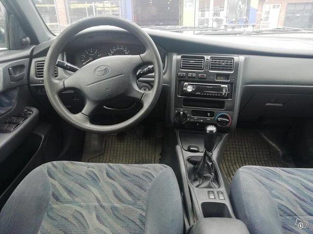 Toyota Carina 10