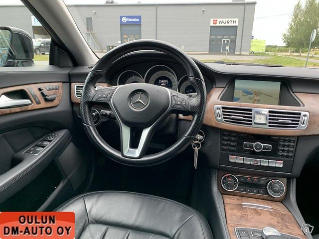 Mercedes-Benz CLS 12