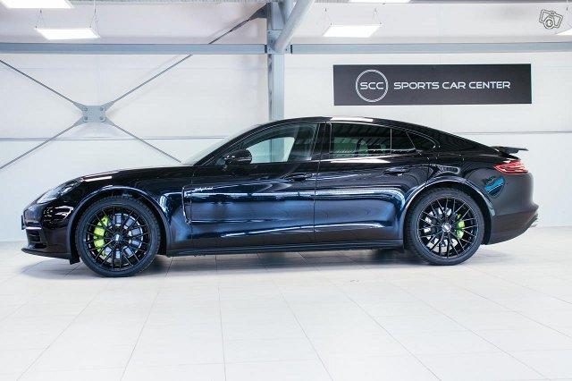 Porsche Panamera 5