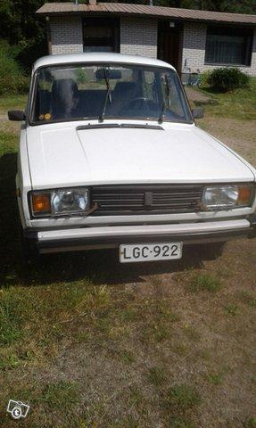Lada 2105 3