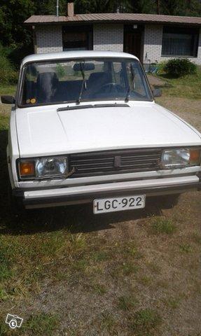 Lada 2105 6