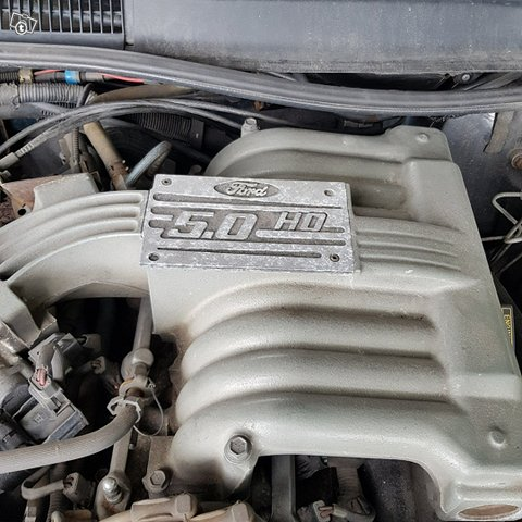 Ford Thunderbird 12