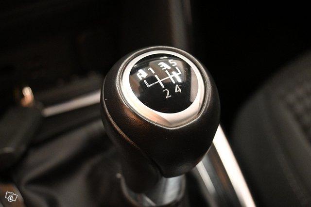 Mazda 2 22