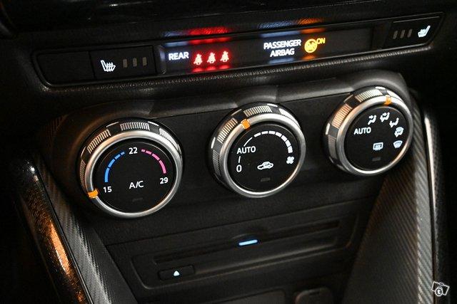 Mazda 2 23
