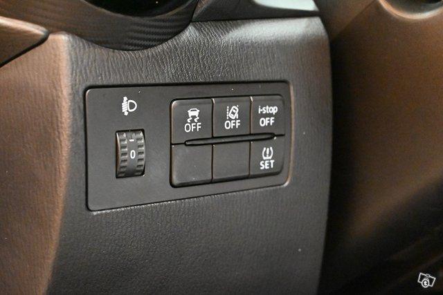 Mazda 2 24