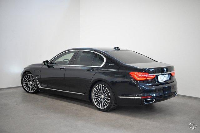 BMW 740 7