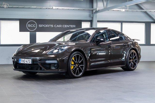 Porsche Panamera 1