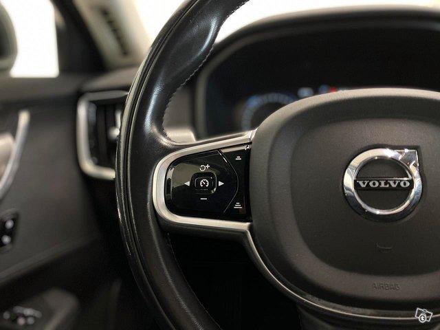 Volvo V90 25