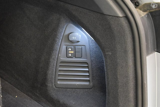 Volkswagen Touareg 15
