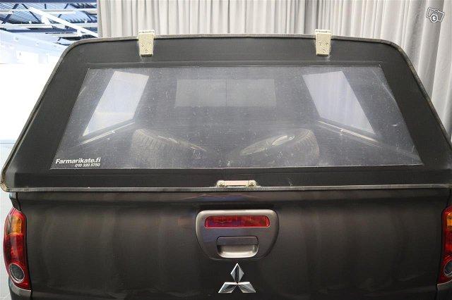 Mitsubishi L200 7