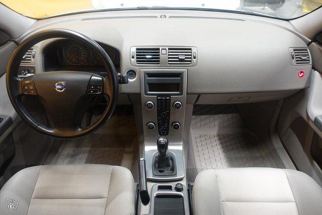 Volvo S40 14