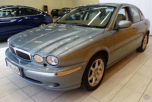 Jaguar X-Type 3