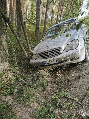 Mercedes-Benz C-sarja, kuva 1