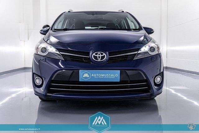 Toyota Verso, kuva 1