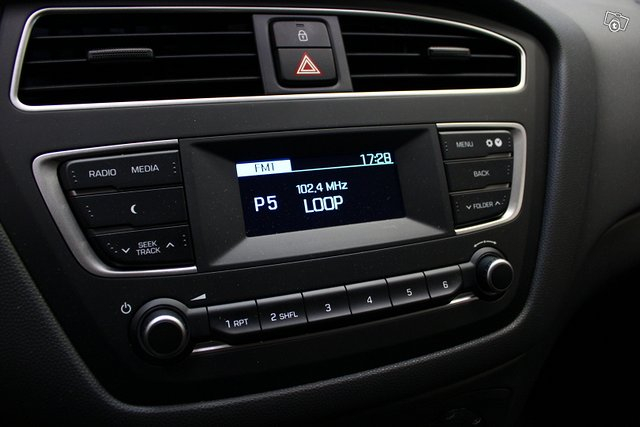 Hyundai I20 Hatchback 16