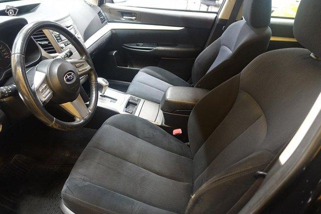 Subaru Outback 9