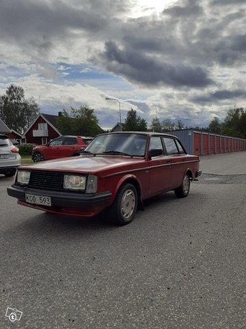 Volvo 240 3