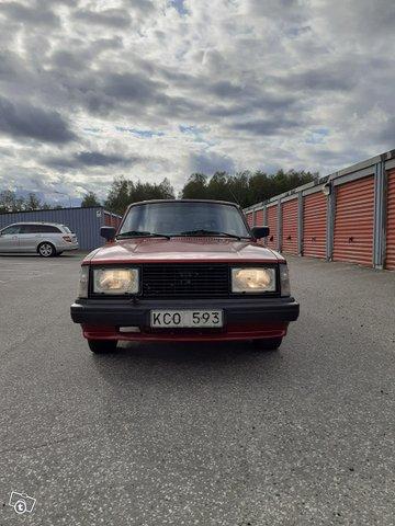 Volvo 240 4