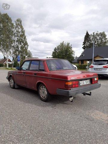 Volvo 240 5