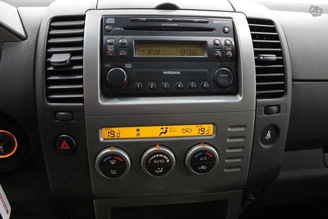 Nissan Pathfinder 21