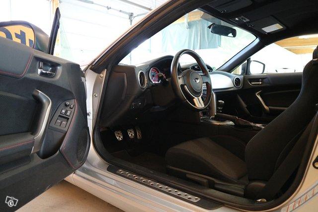 Subaru BRZ 11