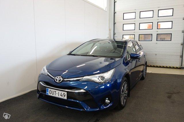 Toyota AVENSIS, kuva 1