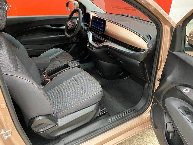 Fiat 500e 11