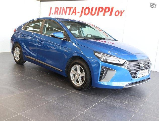Hyundai IONIQ Hybrid 2