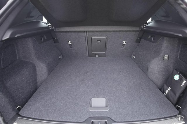 Volvo XC40 5