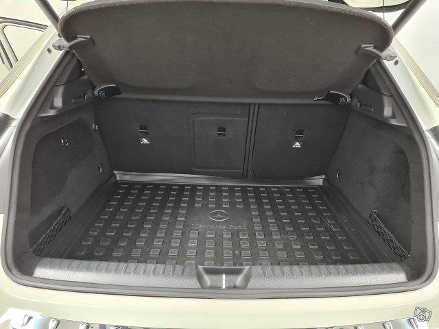 Mercedes-Benz GLA 45 AMG 15