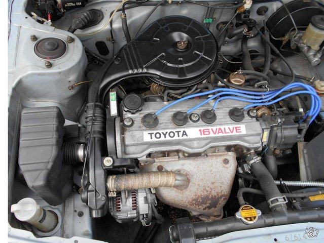 Toyota Carina 6