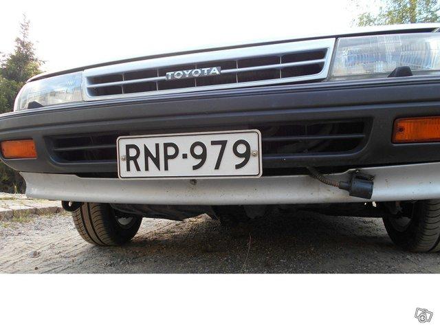 Toyota Carina 14