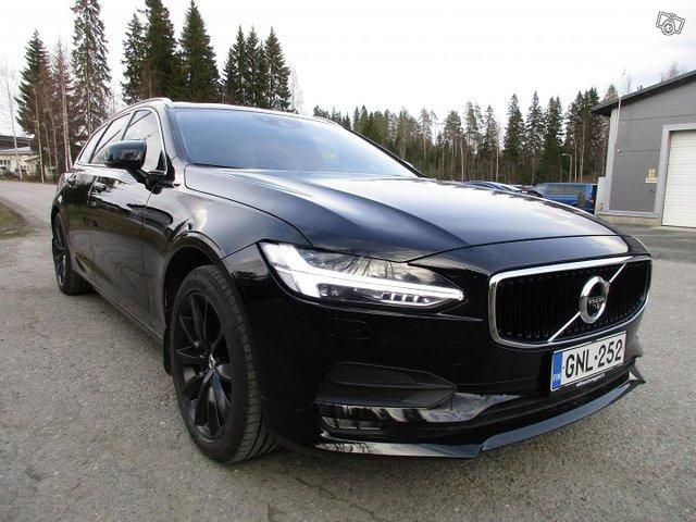 Volvo V90 2