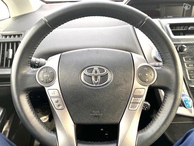 Toyota Prius+ 15