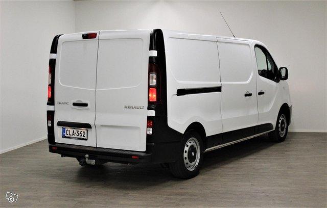 Renault Trafic 10