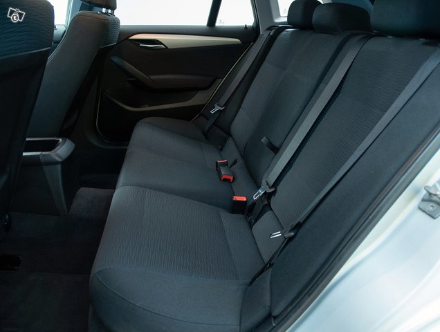BMW X1 18