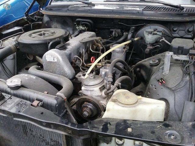 Mercedes-Benz E 200 2