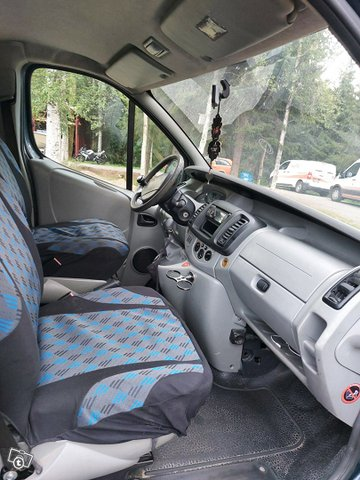 Renault Trafic 5