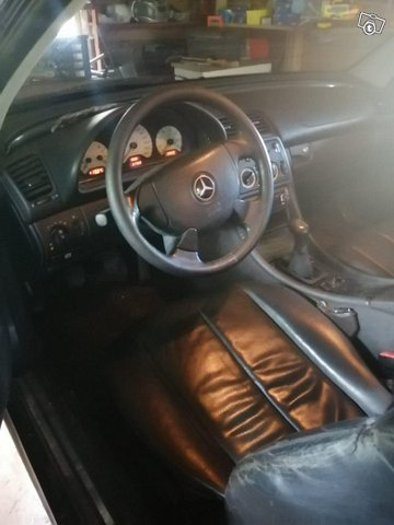 Mercedes-Benz CLK, kuva 1