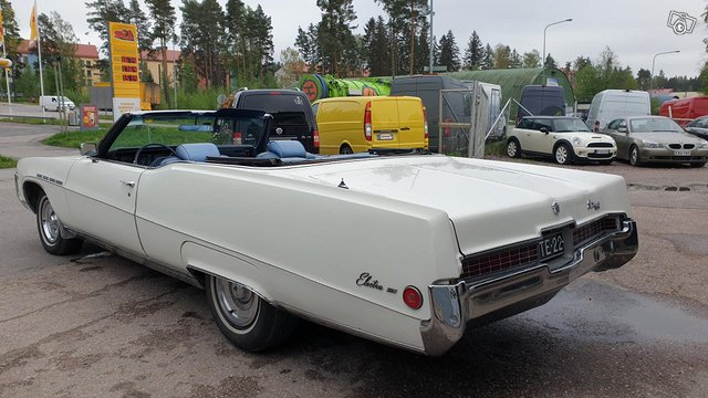 Buick Electra 5