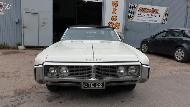 Buick Electra 7