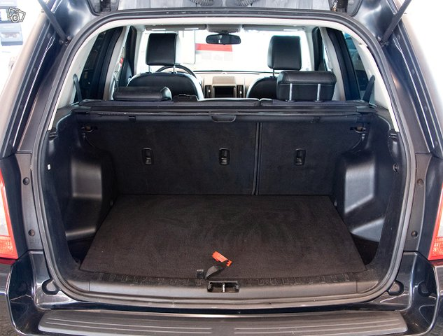 Land Rover Freelander 9