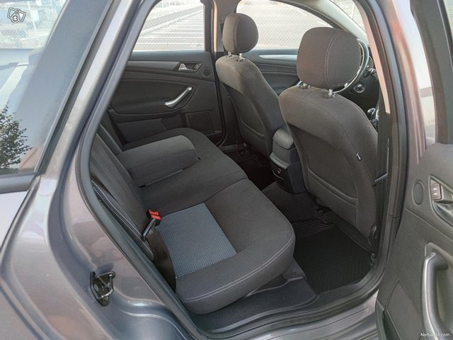 Ford Mondeo 10