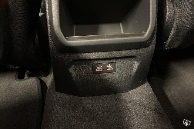 BMW 118 13