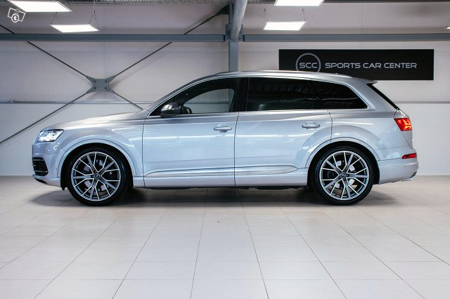 Audi SQ7 5