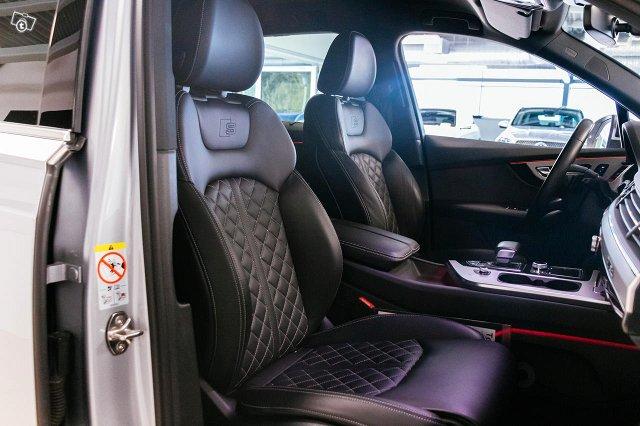 Audi SQ7 7