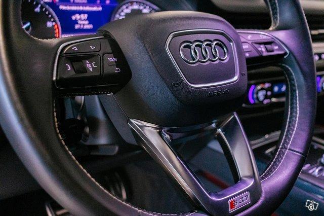Audi SQ7 11
