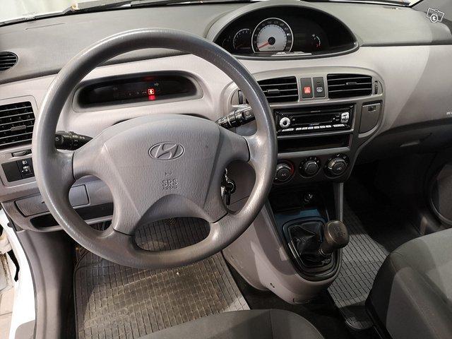 Hyundai Matrix 8